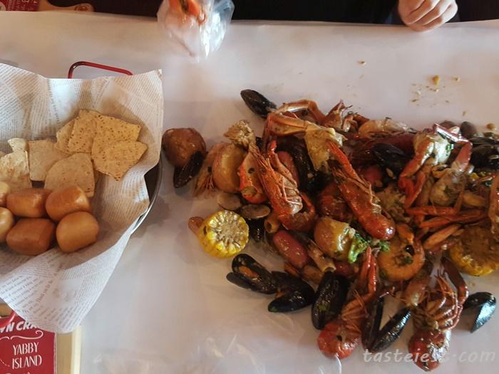 paper lobster